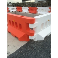 Urgent 1000km Delivery of Safety Barriers
